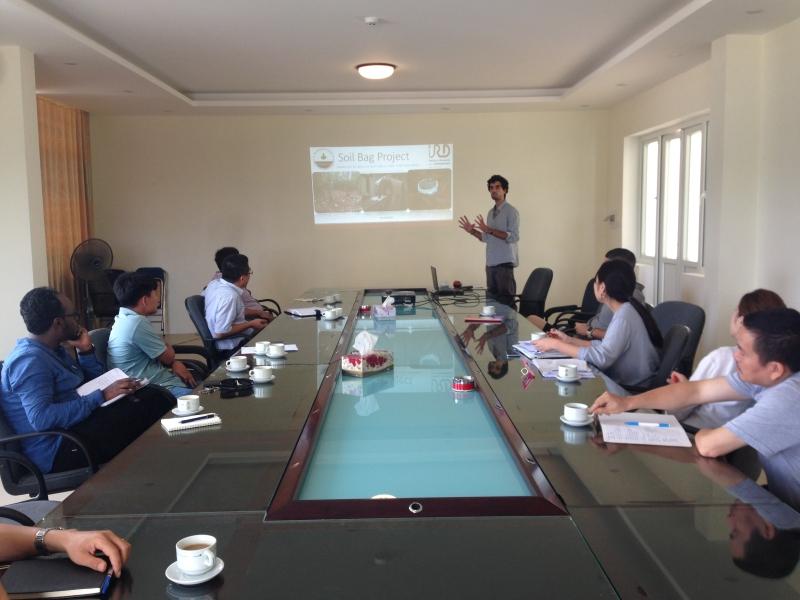 Seminar for international researchers/students at SFRI